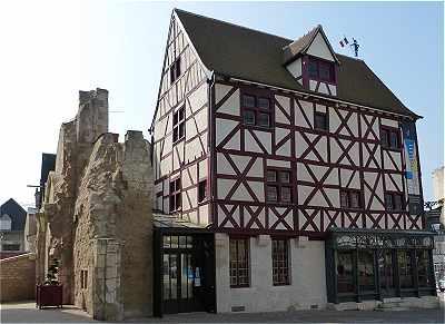 Issoudun et son arrondissement - Office du tourisme sainte mere eglise ...
