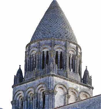 Saintes for Architecture hexagonale