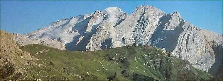 Dolomites: la Marmolada (3342 m)