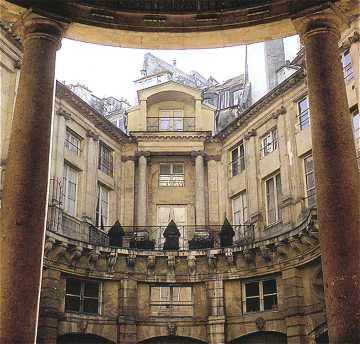 Paris le marais - Les hotels particuliers ...