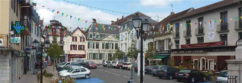 Maison De Ville A Salies Du Bearn