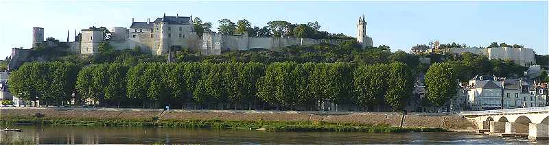 Ch�teau-fort de Chinon en Touraine