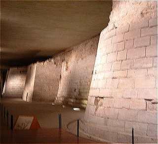 Les murailles du Louvre de Philippe-Auguste