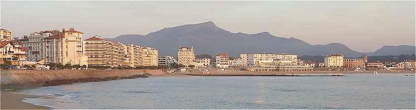 2c07af8eb9f Saint Jean de Luz  La partie Nord-Est et centrale de la plage